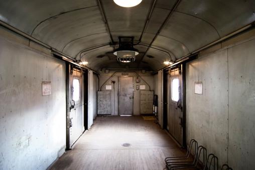 train-820262_960_720